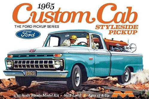 Moebius 1965 Ford F100 Custom Cab Styleside Pickup