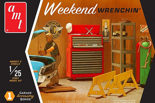 AMT Weekend Wrenching Garage Accessory Set #1