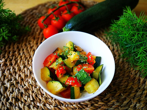 Courgette com tomate