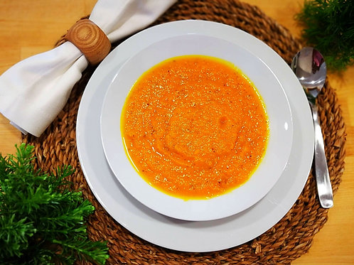 Sopa de abobora, cenoura e gengibre