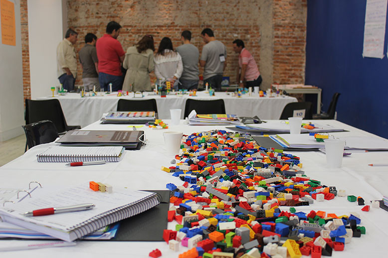 Workshop planejamento estratégico LEGO Serious Play com a Play in Company