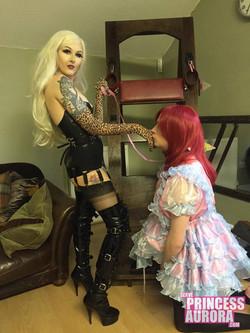 Kneel, Sissy
