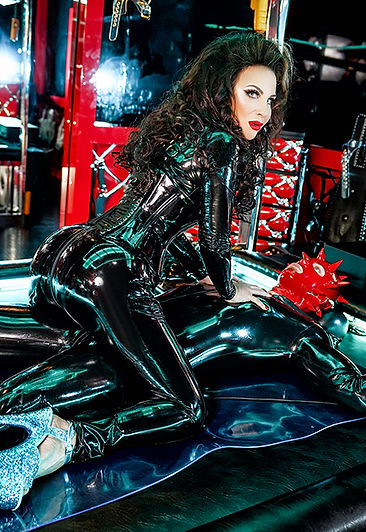 Mistress Annabel - Latex London Mistress