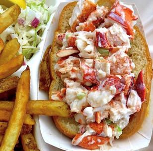 captain mardens lobster roll.jpg