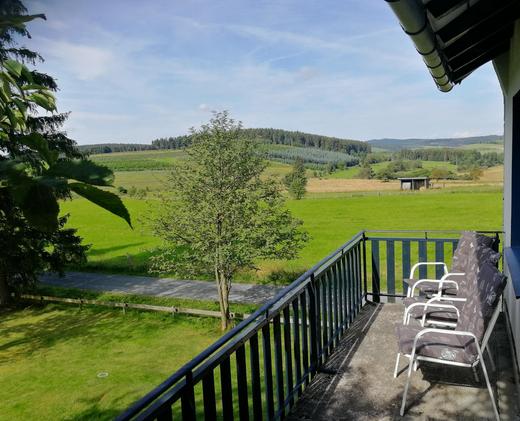 Balkon mit Talblick