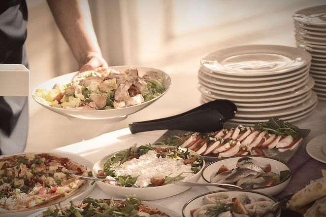 salad-1684468_1280_edited.jpg