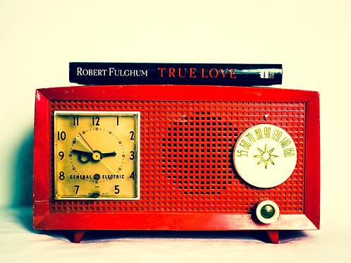 Red Radio Love