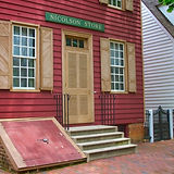 colonial-storefront-in-williamsburg.jpg