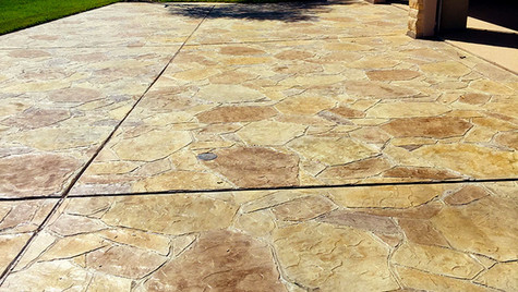 A Driveway with an Arizona Flagstone Pattern Stamped Concrete Overlay
