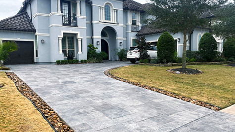 A Residential Dream Driveway in a Stamped Concrete Overlay