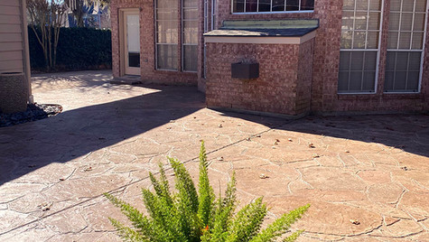 A Neautral Beige Patio in An Arizona Flagstone Pattern Stamped Concrete Overlay