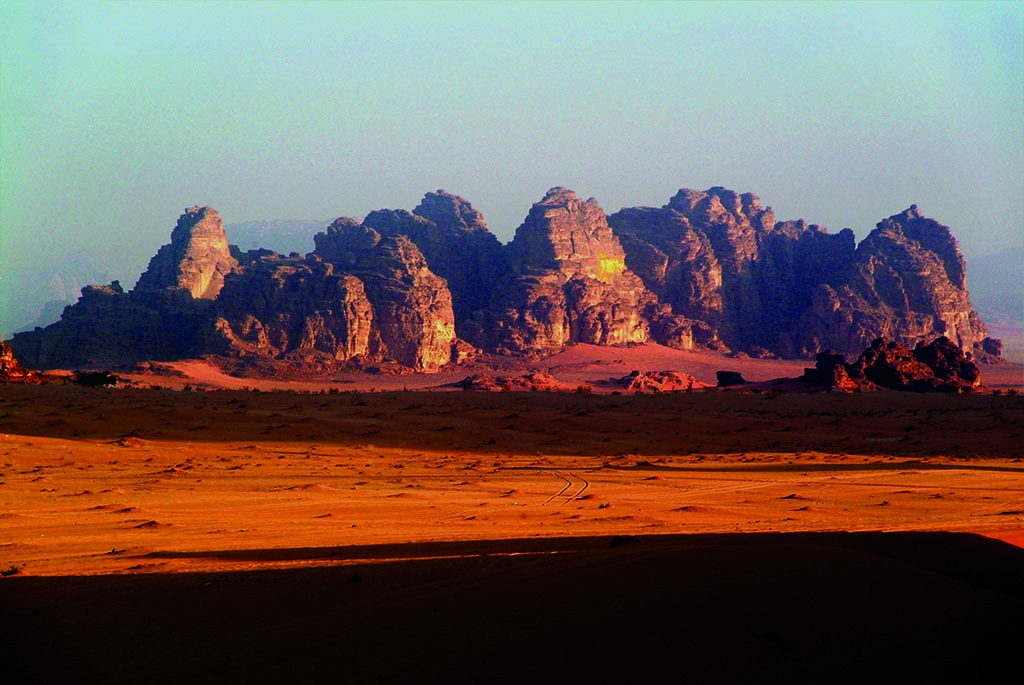 Amazing view of Wadi Rum Mountains