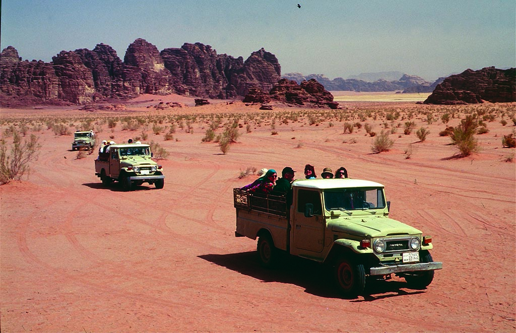 4X4 Jeep Tour in Wadi Rum