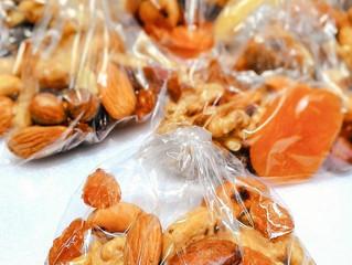 Consumo de frutas secas ajuda a prolongar a vida, diz estudo