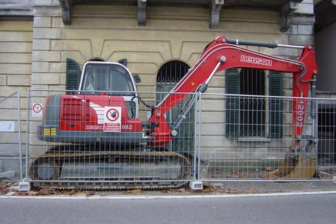 N° 111 - Escavatore NEUSON mod. 12002