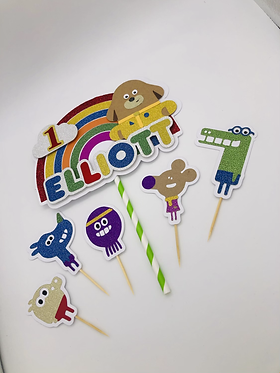 Hey Duggee rainbow topper with mini squirrels