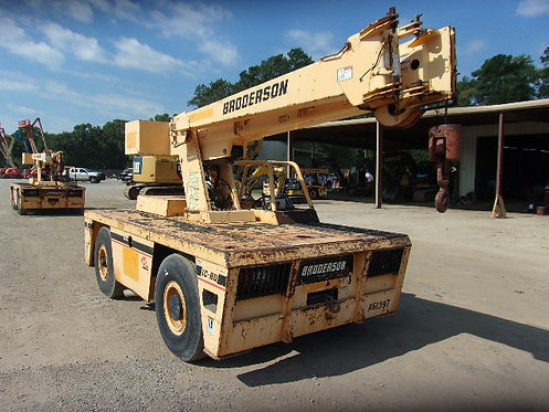 #12453 2009 Broderson IC80-2H