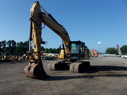 #12390 2015 Cat 323 FL TC