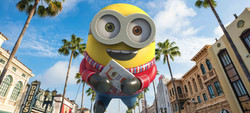 Universal's Holiday Parade