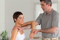 Chiropractor%20at%20Work_edited.jpg
