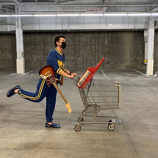 Ben Shopping Cart 02.jpg