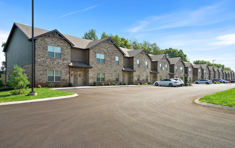 Ashton Clarksville TN 37040-large-040-5-