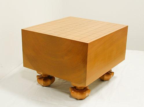 将棋盤 北海道産桂材6寸(厚,約17,6cm)足付盤