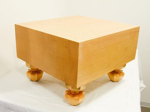 碁盤 新かや材(スプルス材)6寸(厚,約17,6cm)足付盤