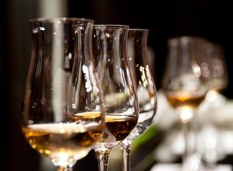 Feste in Calice, due Vini da portare in tavola