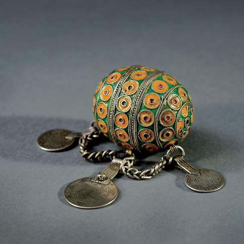 19th-century barbarian fertility jewel
