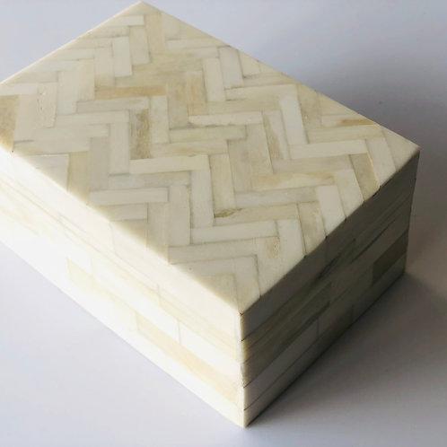 Shell inlay timber keepsake box
