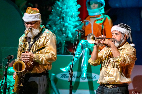 12/20/19, ACL, ACL LIVE, Alice Spencer, alto sax, Austiin, Austin City Limits Live, band, band member, brass, Christmas 2019, concert, Countdown to Christmas, Countdown to XMAS, Daniel Tiger Anaya, December 20 2019, Denise Enriquez, flute, horn, Jeff Brown, Keith Langford, Kelley Mickwee, Kevin Russell, live music, Mark Wilson, photography by deni, reeds, Robert Earl Keen, sax, saxophone, Shiny Soul Sisters, Shinyribs, tenor sax, Texas, tour, trumpet, Winfield Cheek, XMAS 2019, deni
