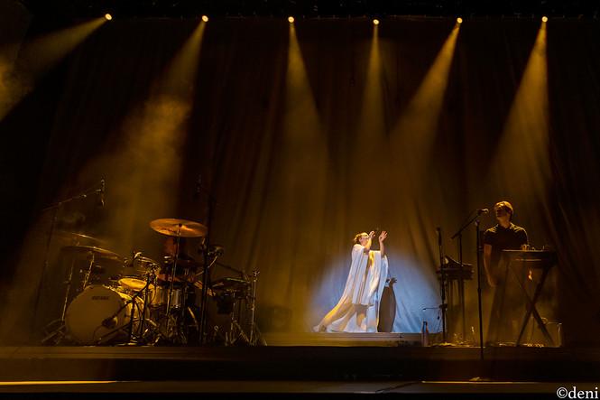 10/19/19, Austin, Austin City Limits Live, concert, Denise Enriquez, Heard It In A Past Life, live music, Maggie Rogers, October 19 2019, photography by deni, singer, singing, songwriter, Texas, tour, vocalist, vocals, deni