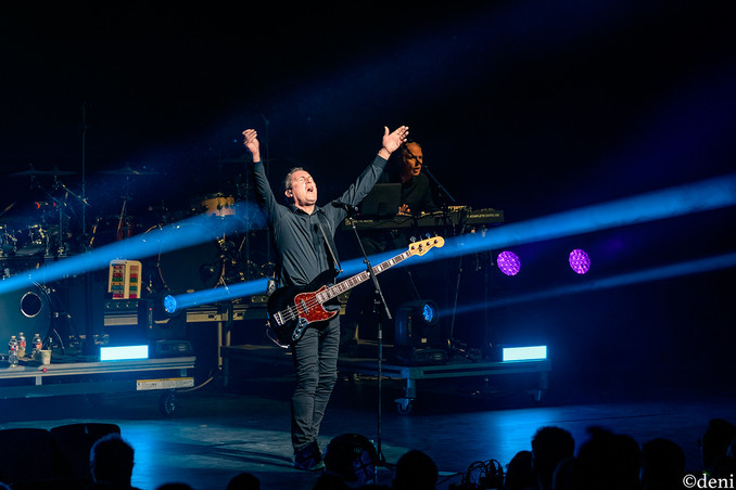 Andy McCluskey, OMD, Bass Concert Hall, Austin, Texas, 08/22/2019, August 22 2019, vocals, vocalist, singing, singer, songwriter, bass, bassist, bass guitar, bass player, band, band member, tour, concert, live music, Denise Enriquez, photography by deni, deni