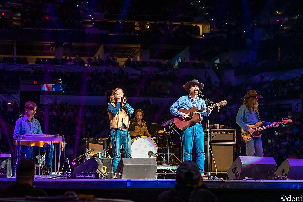Colter Wall, & The Scary Prairie Boys, Jake Groves, Aaron Goodrich, Patrick Lyons, 02122020, February 12 2020, AT&T Center, San Antonio, Texas, San Antonio Rodeo, Country Music, Bluegrass Music, vocals, vocalist, singing, singer, songwriter, guitar, guitarist, guitar player, acoustic guitar, bass, bassist, bass guitar, bass player, drum, drums, drummer, percussion, percussionist, steel guitar, pedal steel, dobro, slide guitar, lap guitar, mandolin, mando, harmonica, jaw harp, concert, live music, Denise Enriquez, photography by deni, deni