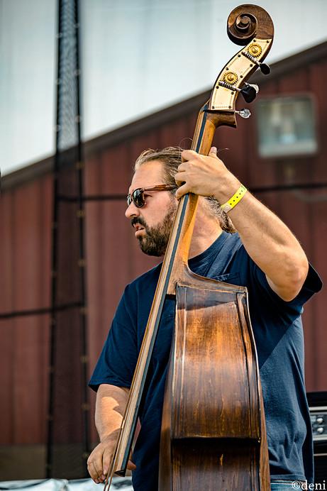 Aaron Oliva