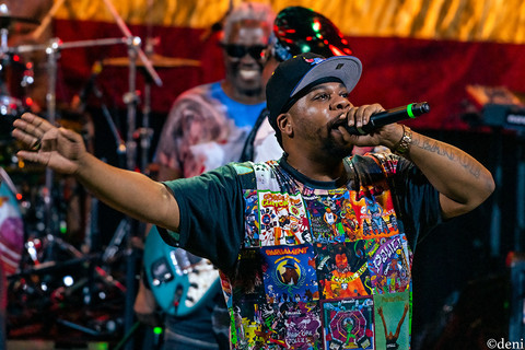 George Clinton, Tairee 'Thurteen' Parks, Aztec Theater, San Antonio, Texas, August 23 2019, featuring The P-Funk All Stars, concert, live music, tour, funk, funkadelic, Denise Enriquez, photography by deni, deni