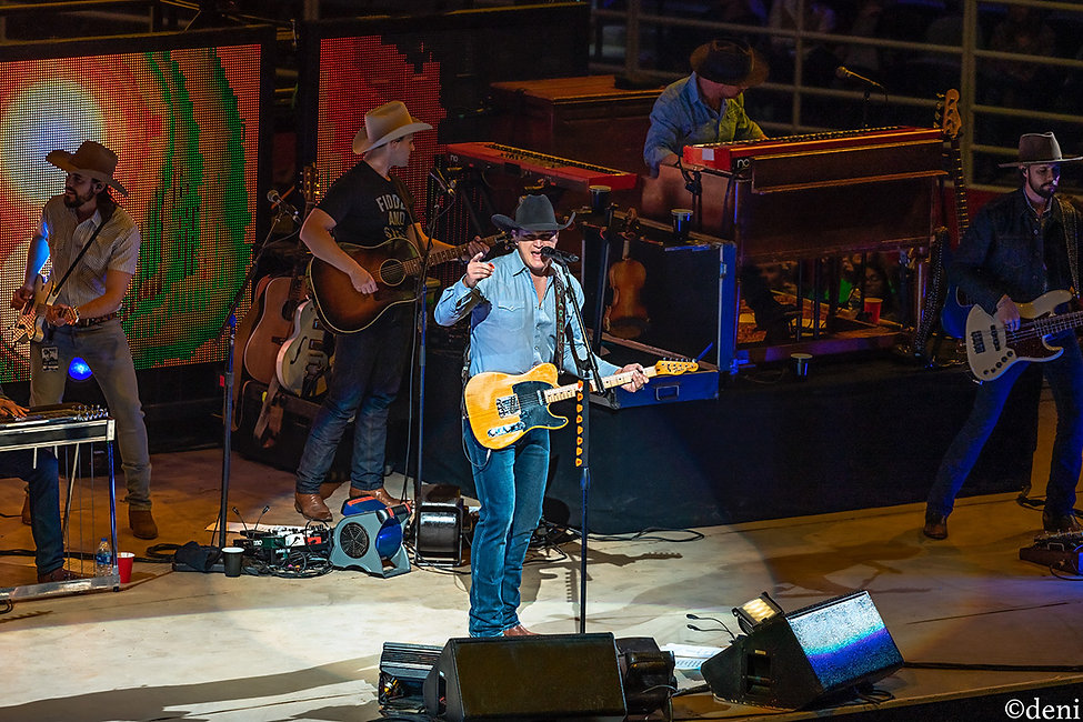 Jon Pardi, & The All Nighters, Terry Lee  Palmer, 02092020, February 9 2020, AT&T Center, San Antonio, Texas, San Antonio Rodeo, Country Music, vocals, vocalist, singing, singer, songwriter, guitar, guitarist, guitar player, lead guitar, rhythm guitar, electric guitar, acoustic guitar, bass, bassist, bass guitar, bass player, drum, drums, drummer, percussion, percussionist, concert, live music, Denise Enriquez, photography by deni, deni