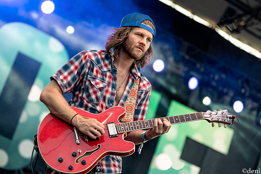 Dustin Schaefer