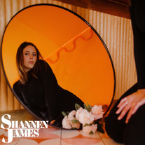Shannen James - Arrows PRESS SHOT (3).jp