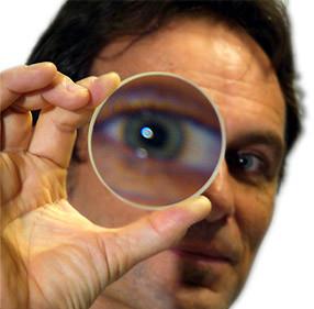 magnifiedeye.jpg