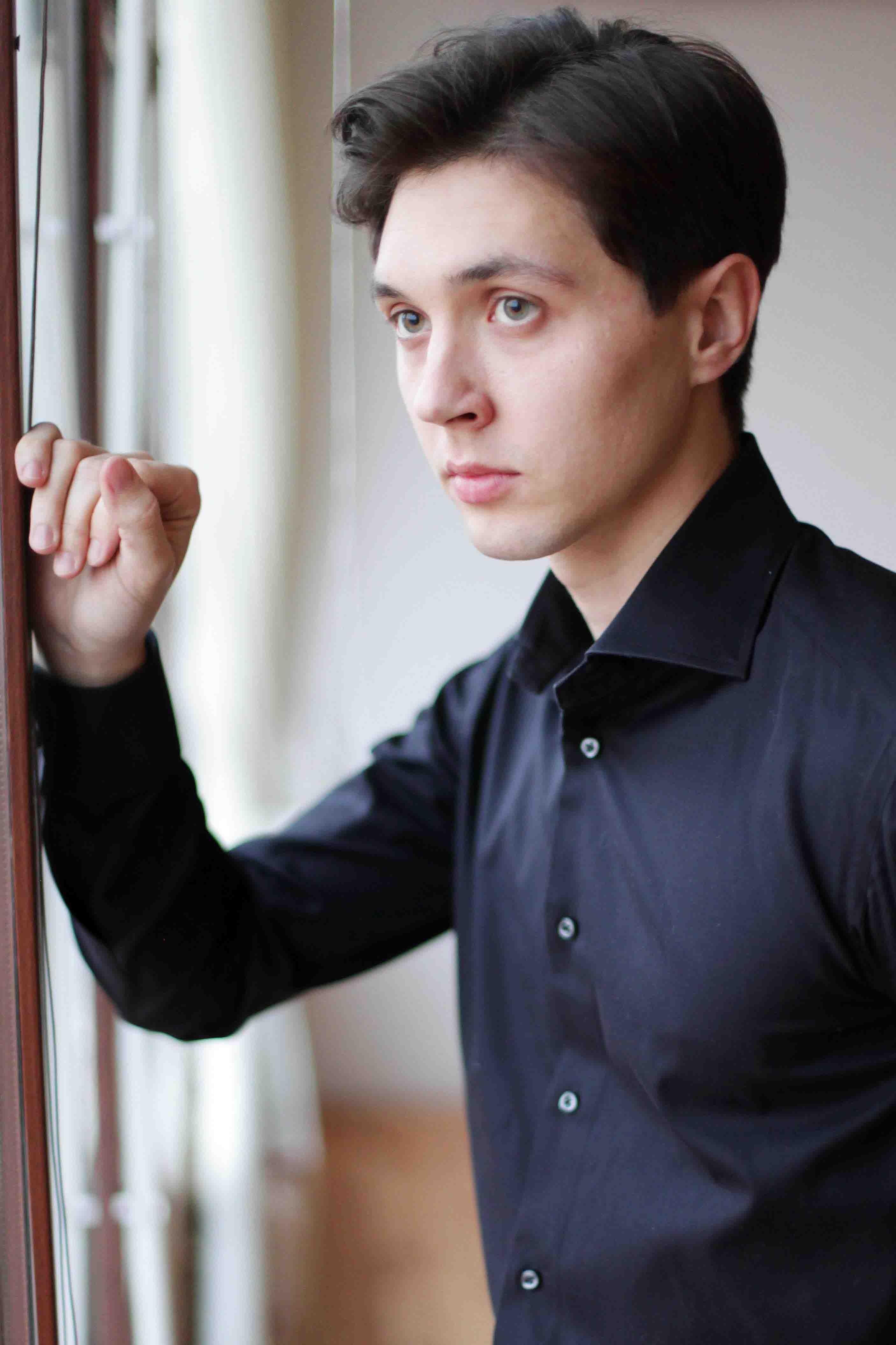Руслан Мещанов (17)