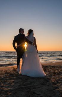Mariage au couché de soleil