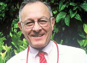 """People :Tod Mikuriya, le """"grand-père"""" du cannabis médical"""