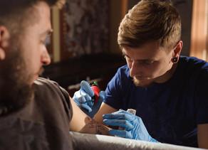 Mode :Toujours vert: les tatouages au cannabis gagnent en popularité