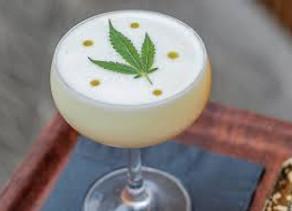 Cocktail: Le bar Montrose est le premier bar de Houston à proposer un cocktail à base de CBD