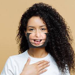 masque personnalisé avec sourire et logo en tissu made in france