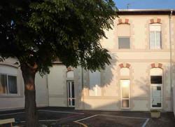 réalisation de la façade de l'école