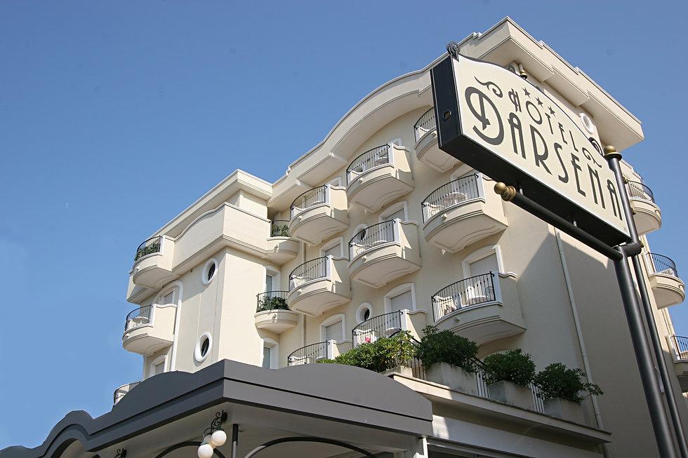 Hotel Darsena front