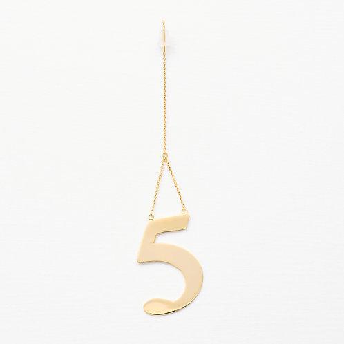 5 ピアス